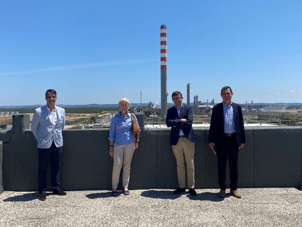 Air Liquide aposta na ZILS - visita da Administradora da empresa à ZILS - Zona Industrial e Logística de Sines